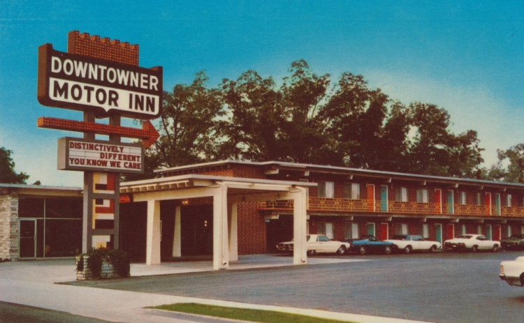 Downtowner And Rowntowner Motor Inn Directory Fall 1968