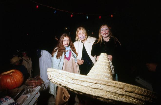 spook-house-1971-los-angeles-california_10518863396_o