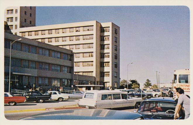 hearse-carrying-president-kennedys-body-dallas-texas_10986323024_o