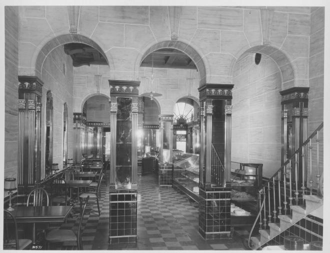 oliver-hotel-bakery-shop