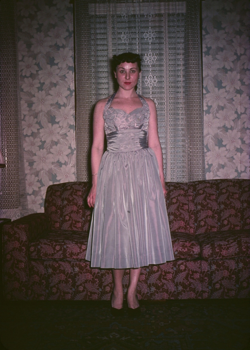 elsie-in-a-dress-2_3502387935_o